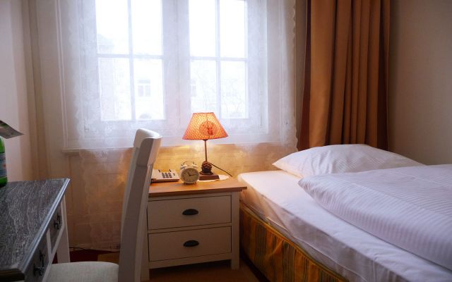 hotel fresena hamburg zimmer bersicht. Black Bedroom Furniture Sets. Home Design Ideas